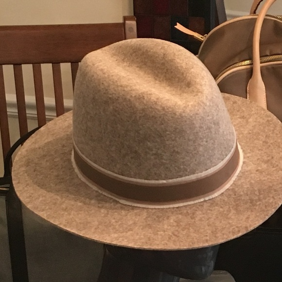 Hat Attack for India Hicks. Heather Oak hat 30192d1a937b